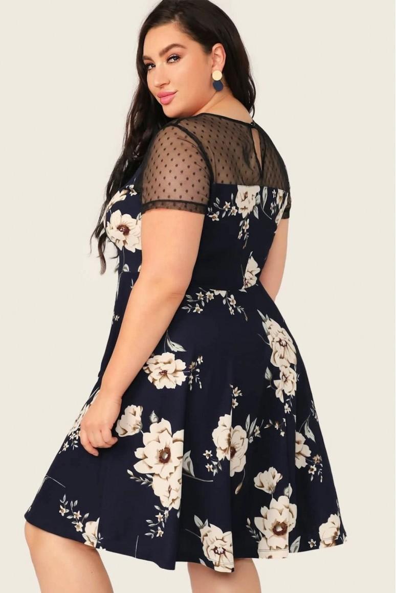 Черна макси рокля с цветя