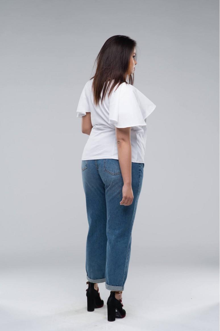 Бяла макси тениска с разкроен ръкав