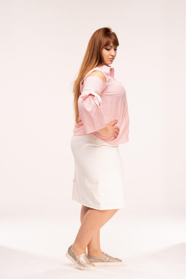Макси риза с изрязани рамене и широк ръкав