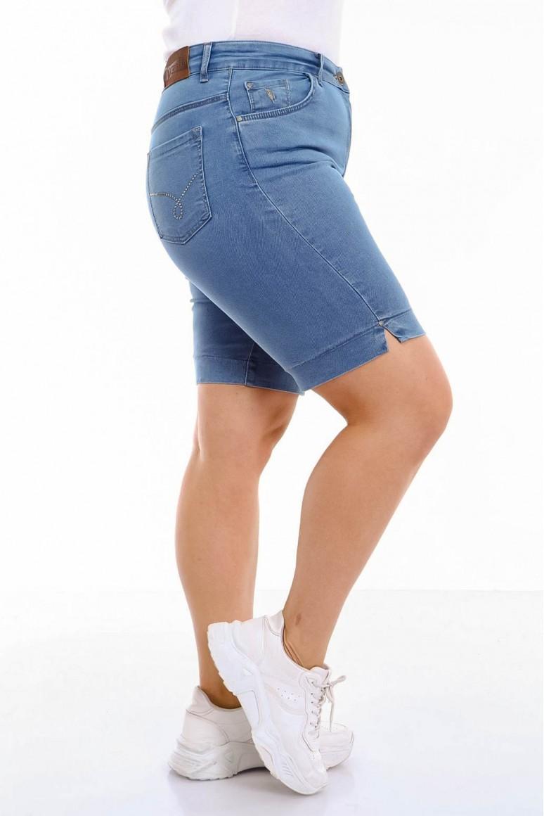 Къси светли летни дънки с камъчета на задните джобове
