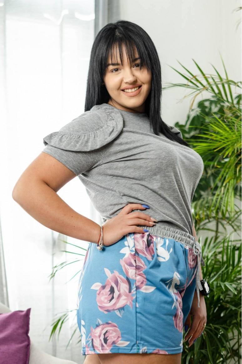 Къси макси панталонки с флорален принт