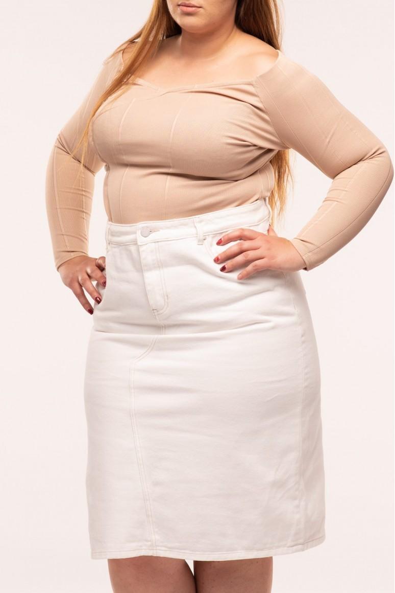 Бяла дънкова пола в големи размери