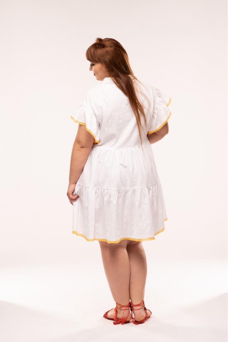 Бяла макси плажна рокля с декоративен цветен кант