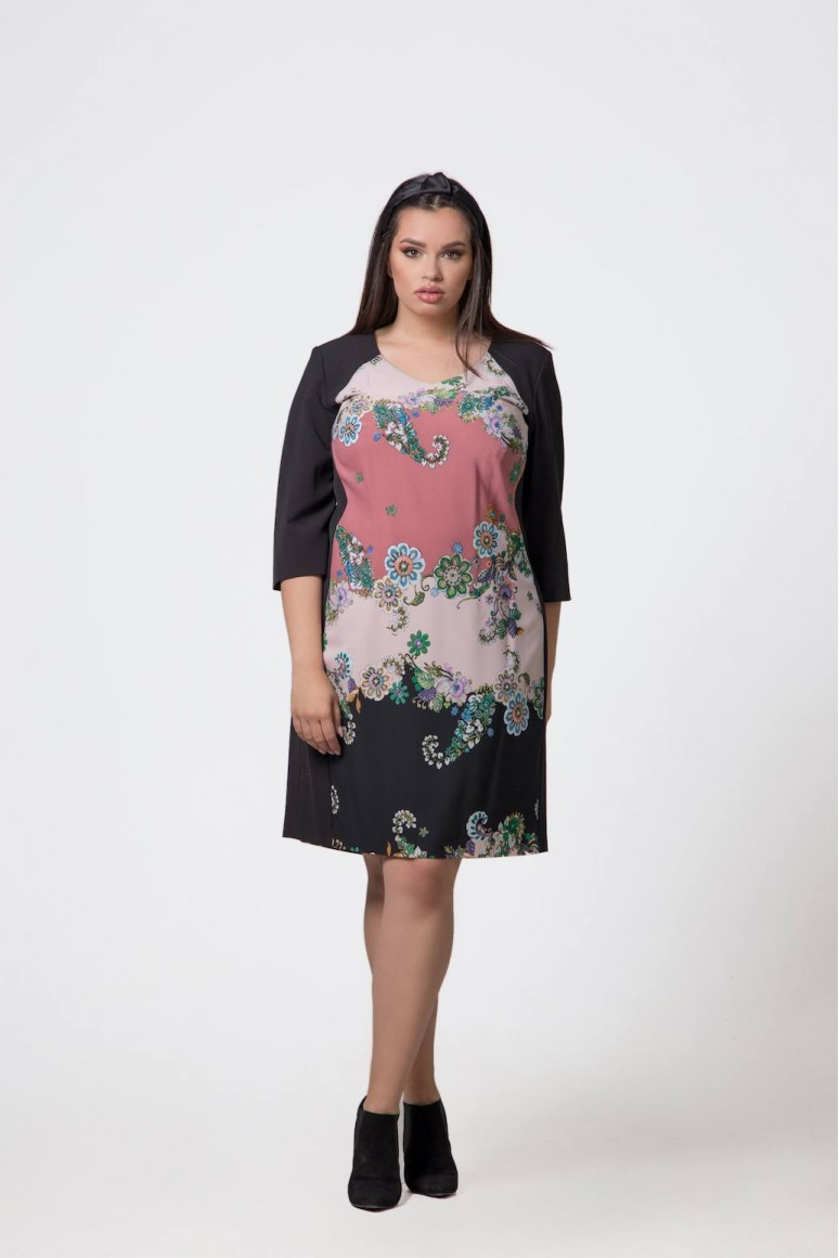 Черна макси рокля с флорален мотив