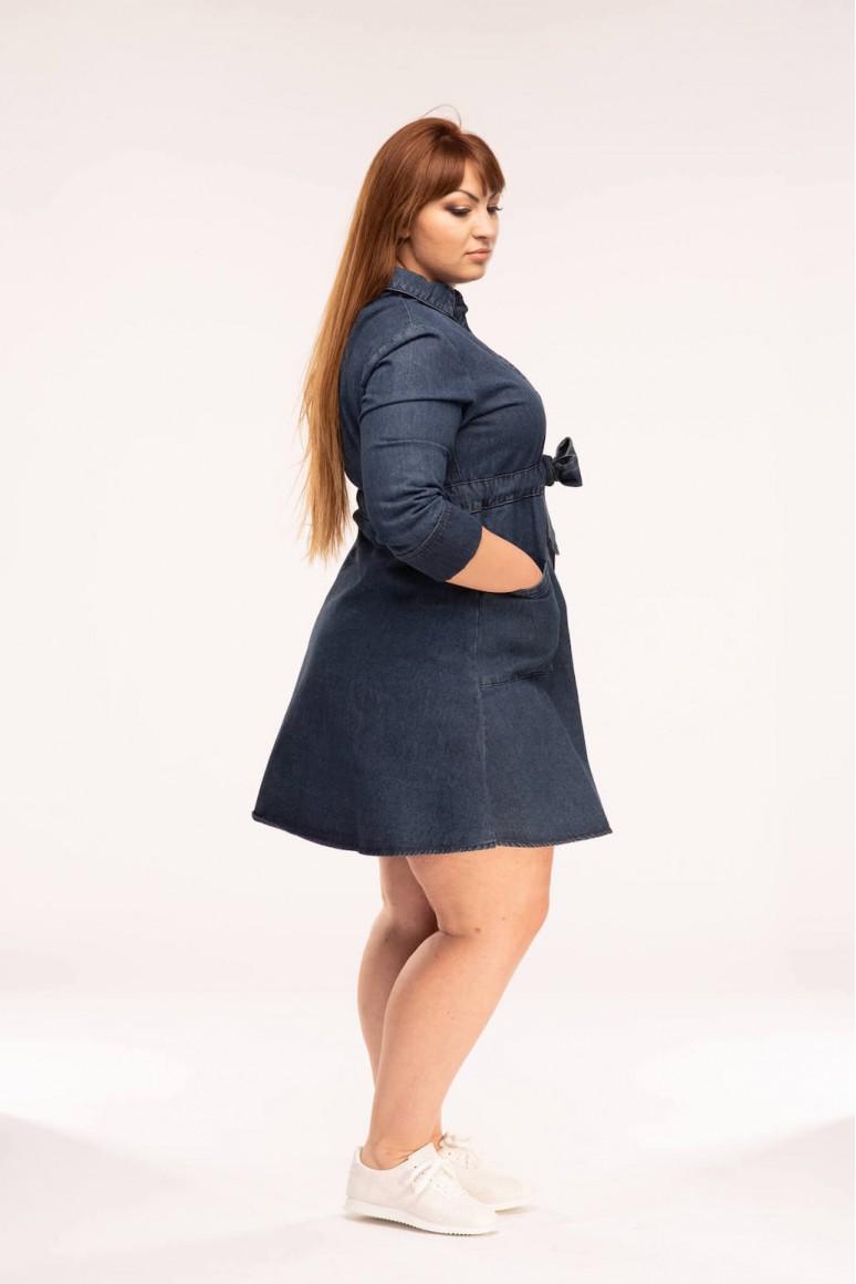 Дънкова макси рокля с джобове и колан