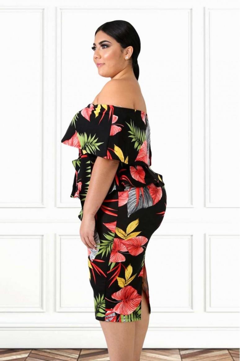 Макси черна рокля с пеплум и тропически принт