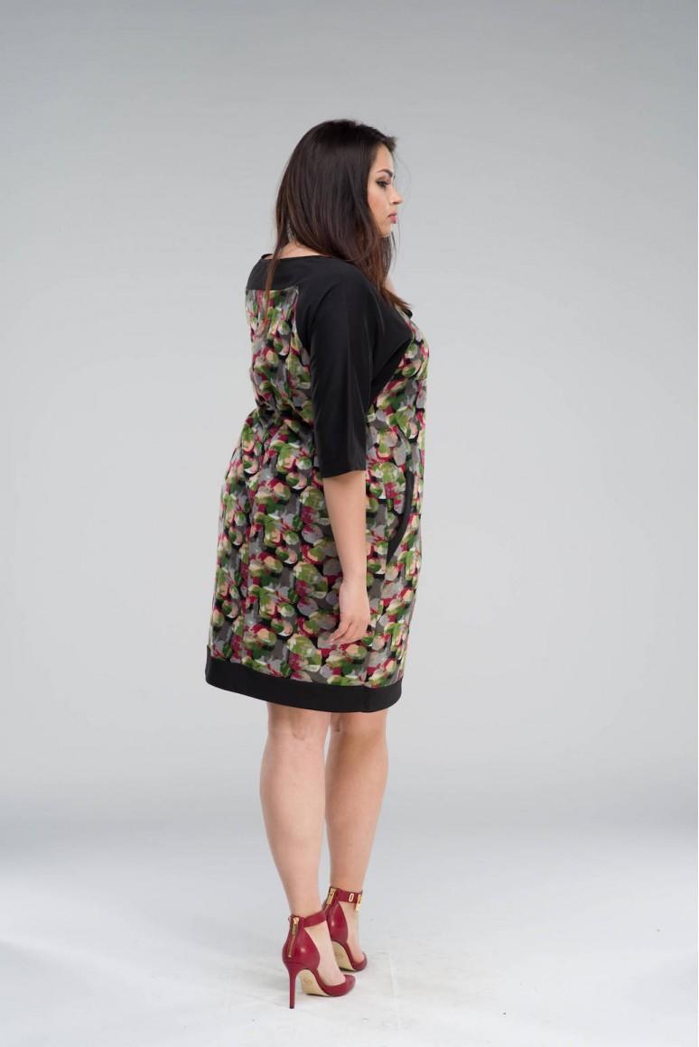 Макси рокля в геометричен принт с джобове