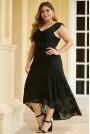 Черна дантелена макси рокля с асиметрична дължина